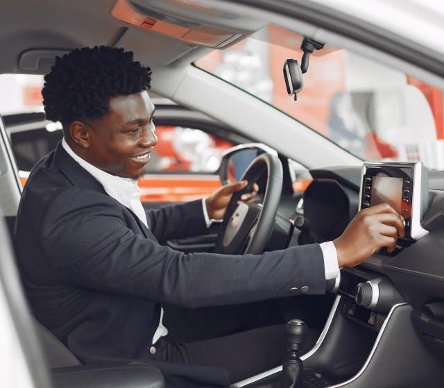 handsome-elegant-man-car-salon (1)